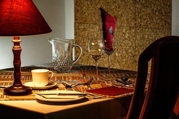 dinner table 444434 1920